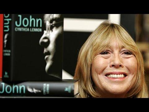 Morreu Cynthia Lennon