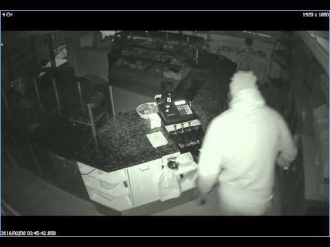 Her sætter mand ild til et bageri i Dyrup på Fyn