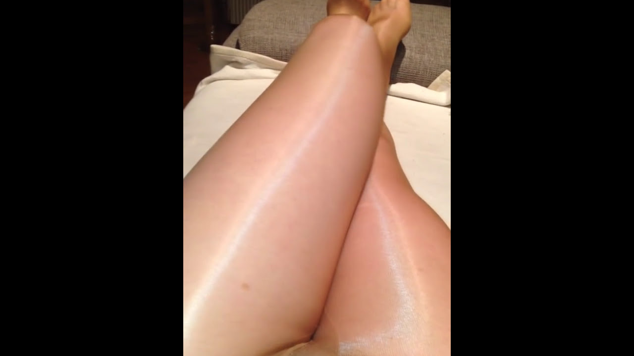 In Glossy Pantyhose Youtube 38