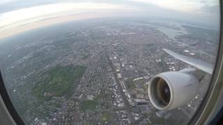 Take Off - United Airlines Boeing 777-222ER departing EWR 22R