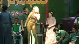 Top Hits -  Digilir Cinta Tia Inova Eretan 2015