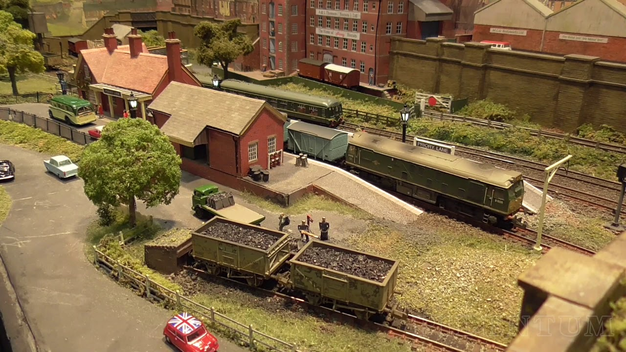 """N Scale Micro Minimum Space Model Railway Layout """"Priory Lane"""" by Malcolm Goodger"""