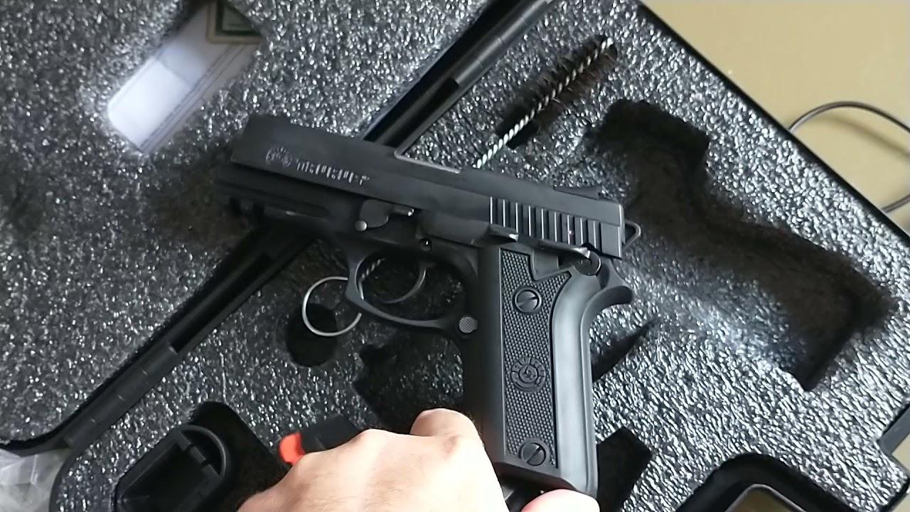 Download PT 940 Review, mostrando a arma pistola Taurus 940 recebida em 2021