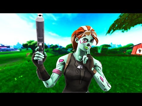 Fortnite Wallpaper Ghoul Trooper Holding Xbox Controller