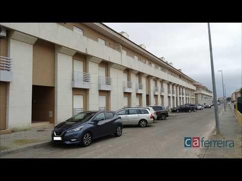 Apartamento T2 em Almeirim