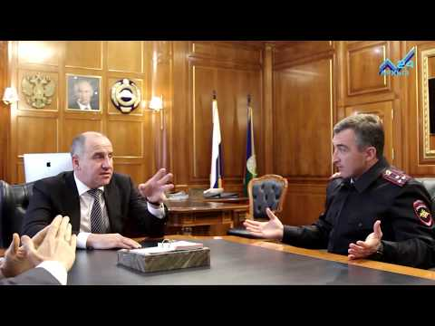 Главе КЧР представлен новый заместитель министра ВД по КЧР – начальник полиции Ансар  Боташев
