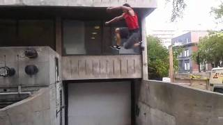 Phone raw parkour