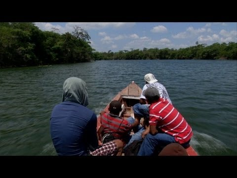 Central American migrants take huge risks to reach the US