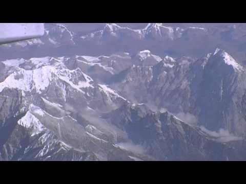 Из Бутана в Индию. Полёт над Гималаями. Эверест с высоты птичьего полёта!!!