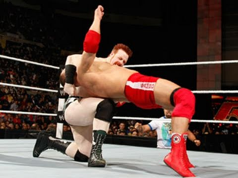 Raw: Vladimir Kozlov vs. Sheamus