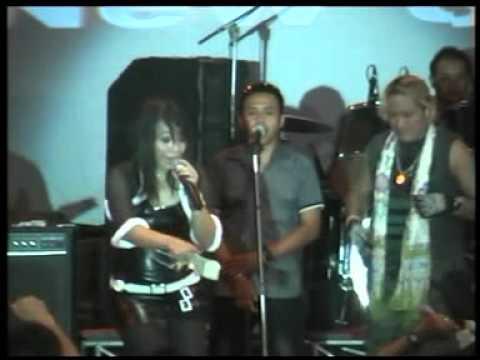 new singer reny farida ngamen 2