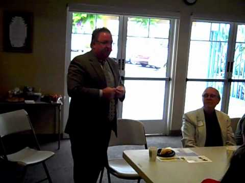 Oceanside CA Chamber Member, Colm Kelly of Do Business Smarter,  Introduces his Business