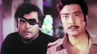 sanjeev kumar attacks danny devata action scene