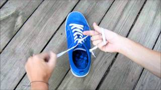 How to tie your shoes super fast! *Life Hack