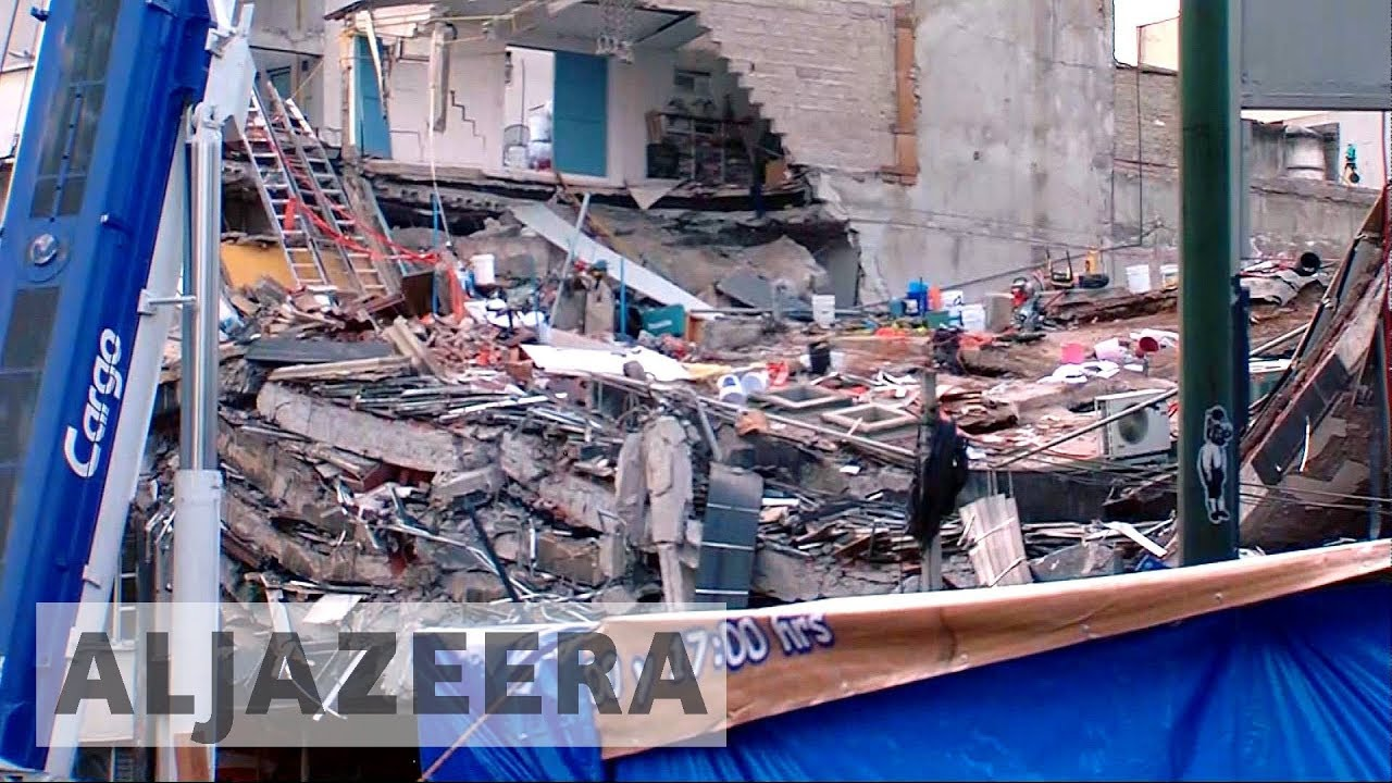 Mexico earthquake: New aftershock halts rescue operations