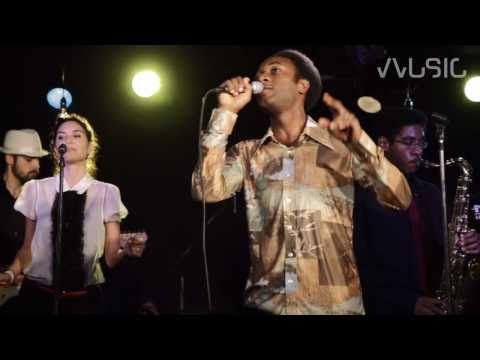 "Aloe Blacc - ""I Need A Dollar"""