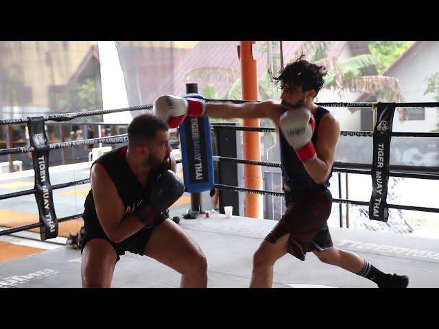 Boxing Sparring: Abdul El Absy & Shihab Abu Jaefar