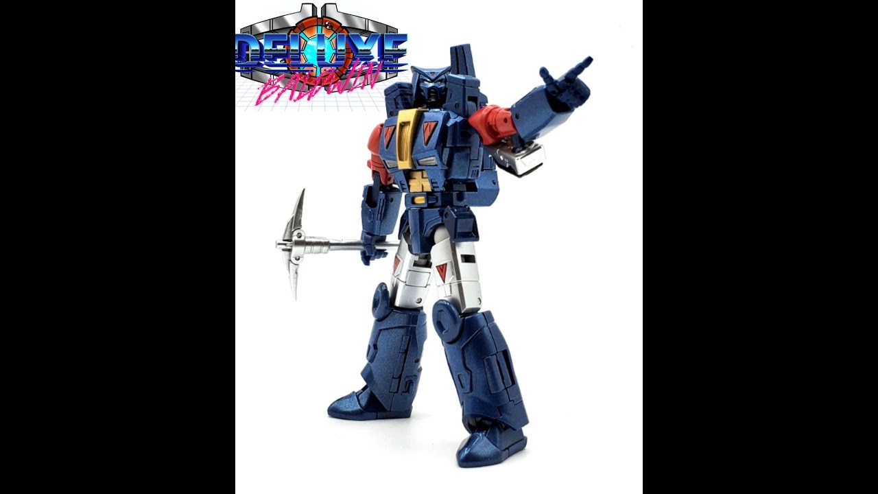 NewAge Toys Straxxus Legends Class Review by Deluxe Baldwin