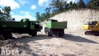 3 HINO DUMP TRUCKS Ready for Battle in the Construction Yard