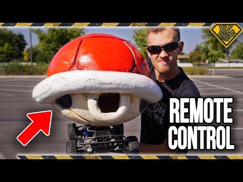 Реальный черепаший панцирь из Mario Kart ломает реальные машины