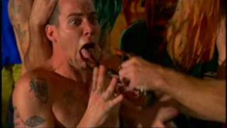 Jackass 2 French Kiss A Lobster