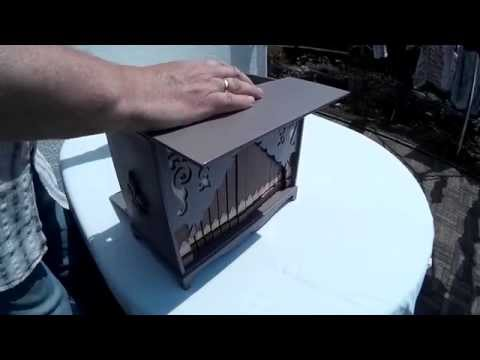 World's smallest Barrel-Organ by ''Bois''