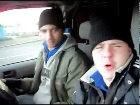 Two Blokes 'Singing' in a Van [HILARIOUS]