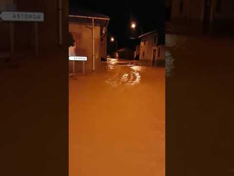Una enorme riada inunda San Román de la Vega