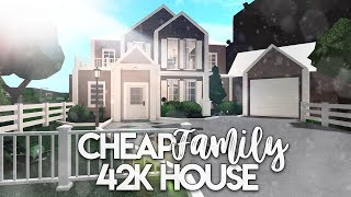 Roblox | Bloxburg: Cheap Family House | House Build