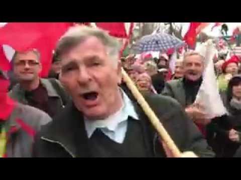 Jan Grabiec na demonstracji zwolenników PiS