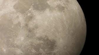 La prima eclissi di Luna del 2020 nel cielo italiano: le immagini