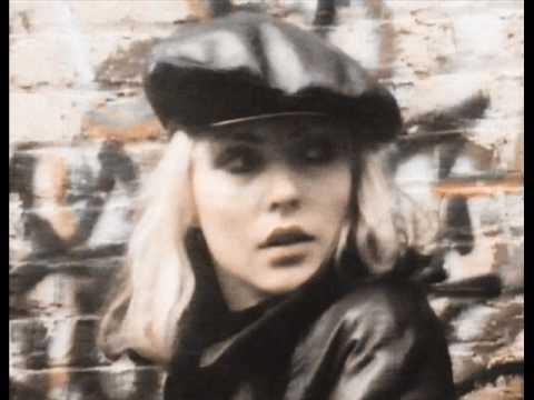 Blondie - Live it up