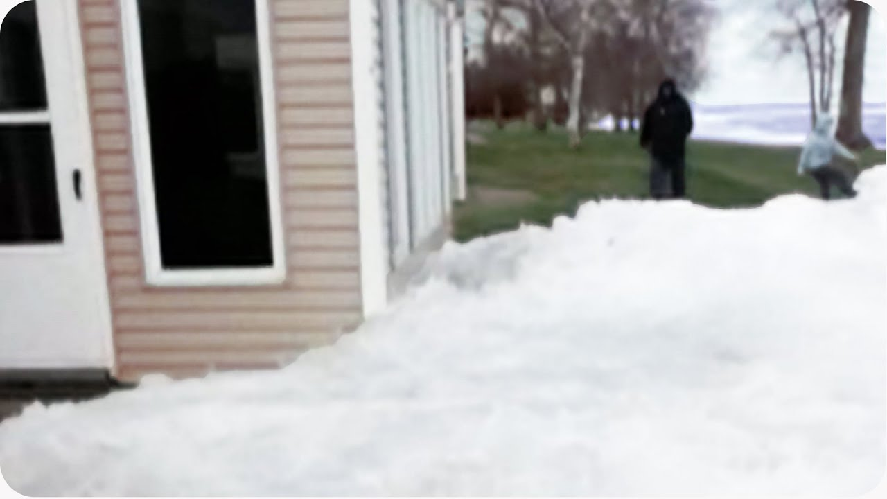 HORROR: Glaciers Confronts Houses | Amazing Nature Ice Sheets Video