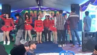 Diah Permatasari Feat Rony nokcornoan Live Shou OM AMANDA MUSIC Di Kediaman BpK.Yusup Pamatan Mendek