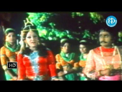 Rajaputra Rahasyam Movie - NTR, Jamuna, Jayaprada, Balayya, Allu Rama Lingaiah Nice Scene
