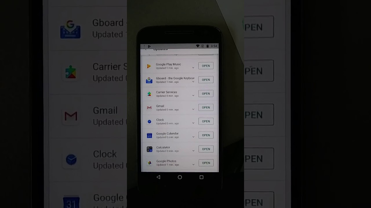 Moto G4 screen jiggles uncontrollably