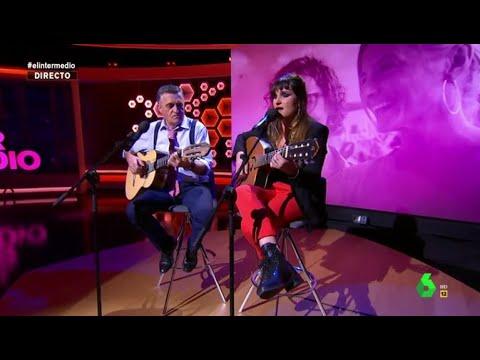 Rozalén y Wyoming cantan en El Intermedio 'La Puerta Violeta', himno contra la violencia machista