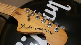1979 Fender 25th Anniversary Strat Porsche 911 Carrera Silver Car Paint Guitar Up Close Video Review