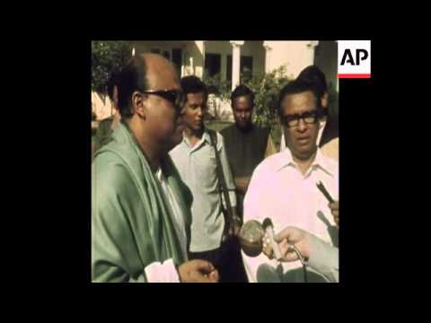 SYND 25-12-71 INTERVIEWS WITH NEW BANGLADESH PREMIERS