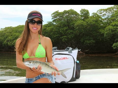 Sight Fishing for BONEFISH & PERMIT on the flats of Roatan