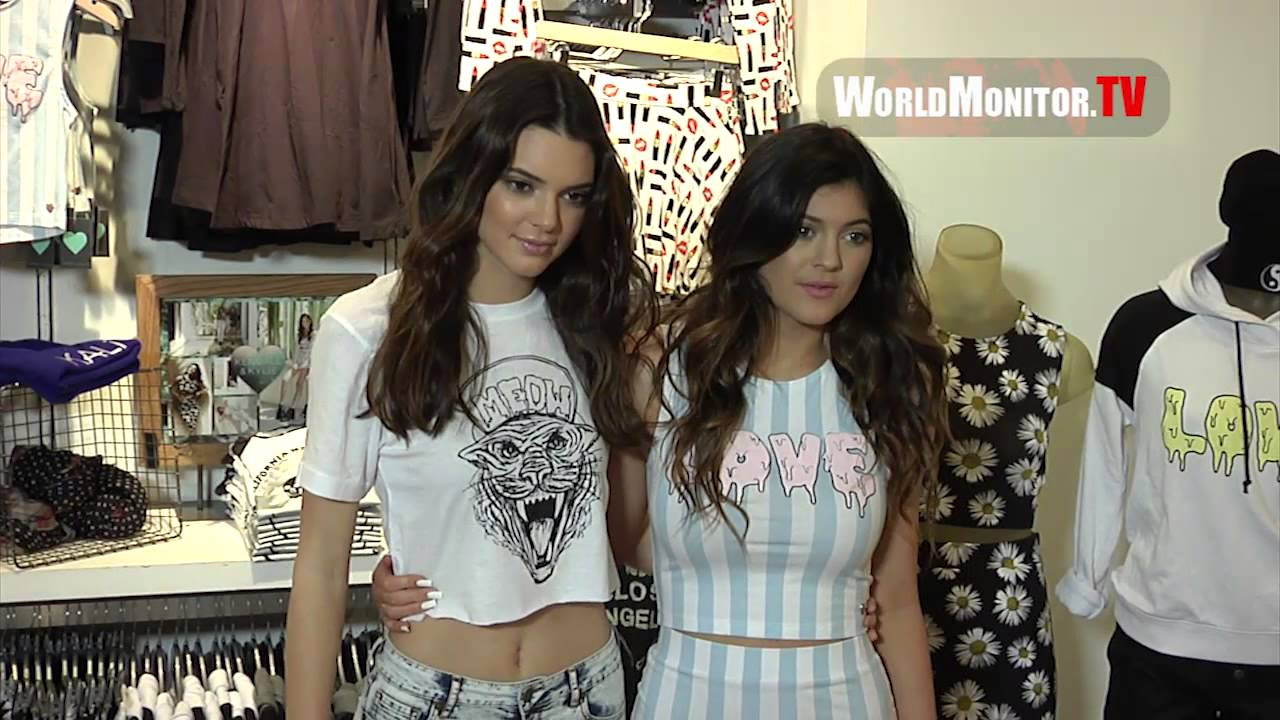 0aaef2bda31 Kendall Jenner and Kylie Jenner launch their 2013 holiday collection ...