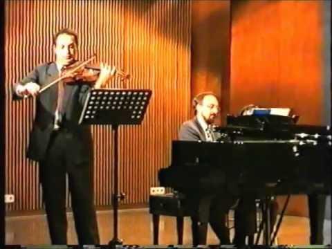 Hindemith Sonata Op. 25, n4, mvt.3,Lebhafte Viertel