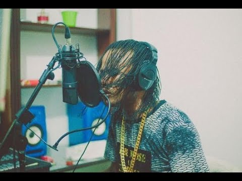 Tommy Lee In Studio Recording Diss Song For Alkaline - Buss Head