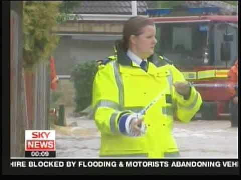 Flooding UK June 2007 - News footage