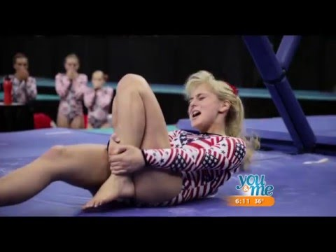 Melissa Rauch Talks 'The Bronze'