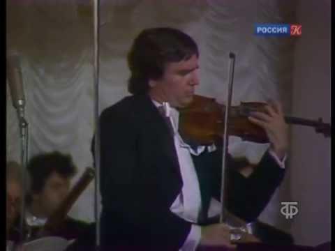 "Viktor Tretyakov plays Paganini ""Campanella"""