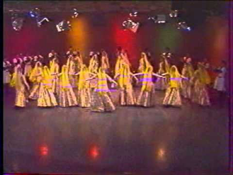 fantastic Azeri dance composition (group dance)
