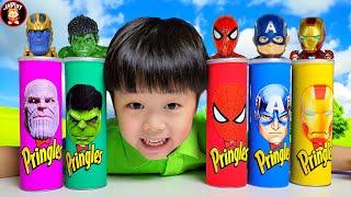 프링글스에 어떤 간식과 슈퍼히어로가 들어있을까?몰티져스 로프젤리먹고 신나게 춤추자What snacks and superhero toys are in Pringles? Mukbang