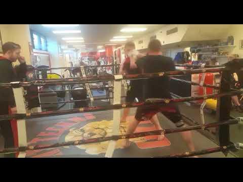 Jack Lowe Boxing round 3