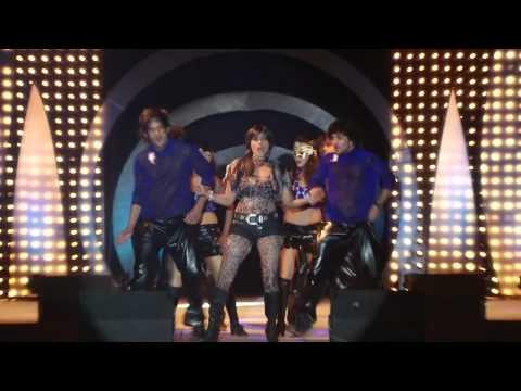 Sexy Indian Pop Star - AIYSHA SAAGAR